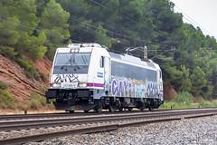 253-004 (Escursso) Tags: 253 253004 adif barcelona bombardier canon castellbisbal renfealquiler trainspotting transfesa traxx railtrain railway spain spotting tren