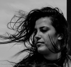 Ritratto al vento (frillicca) Tags: 2018 bn bw benedetta biancoenero bianconero blackandwhite blackwhite capelli focus graduate hair july laurea luglio monochrome monocromo portrait primopiano ritratto vento wind panasoniclumixlx100