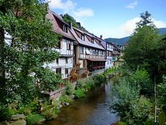 Kaysersberg (Haut-Rhin, F) (pietro68bleu) Tags: rivière maisonsàcolombages alsace village ruisseau pont france hautrhin kaysersberg