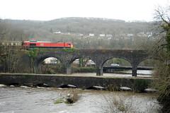 Aberdulais 80877 (kgvuk) Tags: aberdulais valeofneathrailway train locomotive diesellocomotive class66 ews dbcargo 66230 valleyofthewitchrailtour viaduct