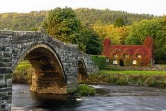 Tu Hwnt Ir Bont, Llanrwst, Wales (Roman Popelar) Tags: llanrwst wales united kingdom uk great britain bridge river house red autumn sunrise