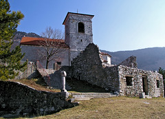Marija's church above Vitovlje (Vid Pogacnik) Tags: slovenija slovenia vipavskadolina littoral smarija santamaria church pilgrimage