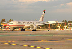 Etihad A6-LRB (Alex McKnight Aviation) Tags: etihad boeing 777 777200lr lax