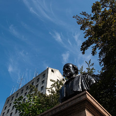 219/365 - Will o' the wisps (Spannarama) Tags: 365 august lookingup blueskies clouds wispy williamshakespeare shakespeare statue bust lovelane stmaryaldermanburygarden london uk