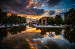 Templo de Debo (franlaserna) Tags: madrid spanish arquitectura architecture water reflejos reflection color sunrise sunset sun nubes palace templo clouds