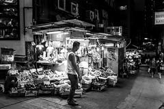 Hong Kong (drasphotography) Tags: hongkong hong kong china market monochrome monochromatic streetphotography strasenfotografie blackandwhite bw schwarzweis sw travel travelphotography reise reisefotografie drasphotography nightshot nachtaufnahme nikon d810 nikkor2470mmf28 urban city