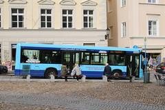 Passau: City-Bus der Fa. Eichberger Reisen GmbH & Co. KG an der Haltestelle Residenzplatz (Helgoland01) Tags: passau niederbayern bayern deutschland germany bus iveco