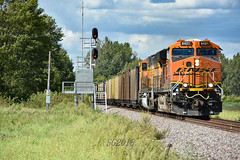 Rolling coal down the K. (Machme92) Tags: bnsf burligrton bn ge gevo trains railroad railfanning railroads railfans rails rail row railroading railfan american america