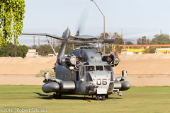 USMC CH-53 Super Stallion #06-8592 (rob-the-org) Tags: exif:isospeed=100 exif:focallength=135mm exif:lens=ef70300mmf456isusm exif:model=canoneos60d camera:make=canon exif:aperture=ƒ22 camera:model=canoneos60d exif:make=canon wti119 overhead sikorsky ch53 superstallion usmc usmarinecorps yumaaz f22 135mm 125sec iso100 cropped noflash