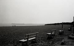 Beach at lewes delaware (bluebird87) Tags: lewes delaware film kodak trix epson v800 leica m6