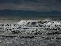 Roaring In (Steve Taylor (Photography)) Tags: newzealand nz southisland canterbury christchurch northnewbrighton ocean pacific sea surf waves