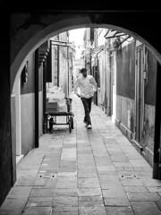 Streetlife (wezetauswe) Tags: mft lumix gf7 street strase