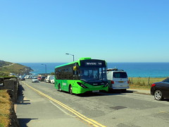 First Kernow, 44956 (WK18 BVG) (miledorcha) Tags: first kernow south west england bus group wk18bvg 44956 adl alexander dennis ltd enviro 200 mmc midibus newquay town service route 58 buses local pentire scenic psv pcv cornwall