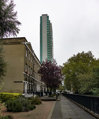 Longshore, Deptford (London Less Travelled) Tags: uk unitedkingdom britain england london southlondon deptford lewisham house socialhousing estate tower block street urban
