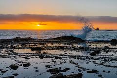 Sunset at North Crescent Bay Beach in Laguna Beach, CA (SCSQ4) Tags: beach california clouds cloudy crescentbaybeach lagunabeach northcrescentbaybeach ocean rocks splash sunset tidepool tidepools waves