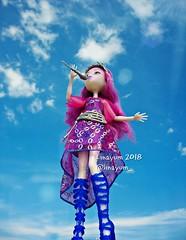 (Linayum) Tags: arihauntington mh monster monsterhigh mattel doll dolls muñeca muñecas toys toy juguetes sky clouds linayum