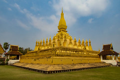 Pha That Luang, Vientiane, Laos, Asia (Miraisabellaphotography) Tags: laos asia vientiane phathatluang temple buddhism buddhist buddha architecture
