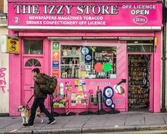 20181003-IMG_3885 The Look (susi luard 2012) Tags: bn1 brighton izzy dog life man people queens road shop uk urban