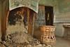 Ancien foyer (quentin.feniou) Tags: urbex rurex abandoné abandonados pueblo deshabitado deshabitados huesca espagne nature batiment architecture cheminee pierre