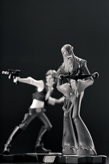 Han Solo & Chewbacca | Statue | Gentle Giant (leadin2) Tags: canon 2018 gentle giant statue wars maquette starwars star a new hope han solo animated chewbacca chewie wookie black white blackandwhite