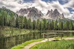 Antorno lake (Helmut Wendeler aus Hanau) Tags: antornolake antorno see dolomites dolomiten tirol italy langzeitbelichtung