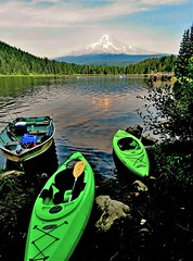 Kayaking Oregon, Mt. Hood (moonjazz) Tags: kayaking green nature oregon lake summer mthood daytrip boat mountain cascades lostlake serenity outdoors beauty parks adventure exploring paddle moonjazz flckr tmbrlr refection