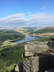 Bamford edge in the peak district (grahame9590) Tags: iphone6s bamfordedge apple peakdistrictnationalpark ladybowerresevoir mobilephone