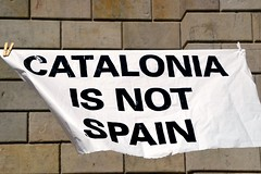CATALONIA IS NOT SPAIN (Yeagov_Cat) Tags: 2018 catalaoniaisnotspain barcelona catalunya plaçasantjaume plaçadesantjaume pancarta