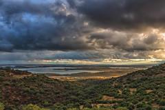 Monsaraz (Mirarmor) Tags: ciel paysages portugal nuages arbres lumière orage vue