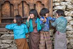 Happy children of Lhedi - Lunana Gewog - Gasa District - Snowman Trek - Bhutan (PascalBo) Tags: nikon d500 asie asia southasia asiedusud drukyul drukgyalkhap bhutan bhoutan འབྲུག་ཡུལ། འབྲུག་རྒྱལ་ཁབ་ snowman trek trekking hike hiking lunana gasa himalaya himalayas jigmedorjinationalpark indigenous people girl fille child enfant kid smile sourire outdoor outdoors pascalboegli