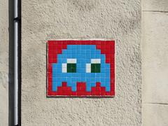 Space Invader MARS_06 (tofz4u) Tags: reactivated restauré spacerescueintl reactivationteam pacman bleu blue red rouge 13 bouchesdurhône marseille 13000 provencealpescôtedazur mars06 streetart artderue invader spaceinvader spaceinvaders mosaïque mosaic tile