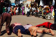 Prostrate Hindu Pilgrims, Holi in Uttar Pradesh India (AdamCohn) Tags: adam cohn uttar pradesh india mathura vrindavan holi pilgrim pilgrimage pilgrimmage pilgrims prostrate prostrating prostration wwwadamcohncom adamcohn uttarpradesh isapurbanger