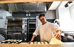 Portuguese pastry chef preparing famous pastel de nata (James Mc2) Tags: chef pastry nata lisbon lisboa portugal custard tart cooking declcious yum baking d7500 nikon