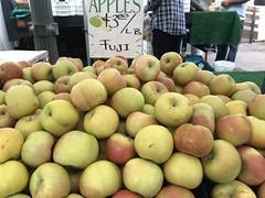 Fuji apples at Tenerelli Orchards (TomChatt) Tags: food farmersmarket