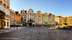 OLD TOWN SQUARE (PHOTOGRAPHY|bydamanti) Tags: prague czechrepublic cz buildings colorfulbuildings iphonex oldtownsquare europe