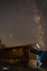 Milkyway and Mars (suicico) Tags: astrophotography stars milkyway night nightscape nightsky tree forest