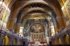 JLF16270 (jlfaurie) Tags: lisieux basilique basilica saintethérèse santateresa daniel marie france mpmdf mechas louisette 102018 normandie normandia