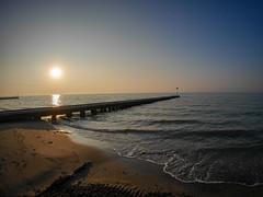 Morgen am Strand (wezetauswe) Tags: gf7 mft lumix meer wasser wellen