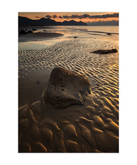 'Silence is Golden, Dinas Dinlle Beach' (Meurig2011) Tags: dinasdinlle sea seascape water rocks mountains yreifl goldensand sky ripples clams heron gwynedd northwales uk