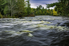 the Tahquamenon River roars towards Whitefish Bay on Lake Superior (TAC.Photography) Tags: tahquamenonriver michigan michiganriver outdoors outdoorphotography longexposure slowshutter up upperpeninsula nikon nikoncamera upperpeninsulamichigan tomclarknet tacphotography