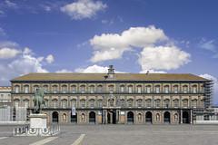 palazzo real di Napoli (nietsab) Tags: bleu