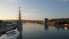 """Un Grand voilier """"Le mir"""" accoste à Rouen (jeanlouisallix) Tags: rouen seine maritime haute normandie france rivière fleuve cours deau port grand voilier le mir armada gréements"""