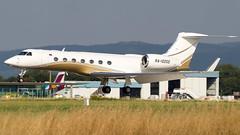 Gulfstream Aerospace G-V-SP RA-10202 UTAir Aviation (William Musculus) Tags: airport spotting basel mulhouse freiburg bsl eap mlh lfsb euroairport flughafen ra10202 private gulfstream aerospace gvsp g550 utair aviation ut uta