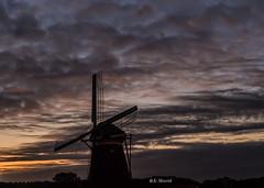 Twillight (katrinchen59) Tags: twillight eveningsky silhouet backlight sundown sunset sky clouds darkclouds horizon skyphotography cloudphotography dämmerung abendlicht abendhimmel wolken wolkenfotografie windmühle horizont avondlicht thenetherlands borgelinkmolen luchten