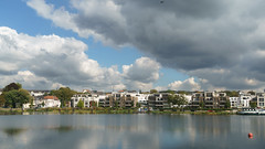 Kettwig Ruhrufer (frankdorgathen) Tags: alpha6000 sony sony18200mm ruhrpott ruhrgebiet autumn fall herbst wolken clouds himmel sky fluss flus river ruhr ruhrufer kettwig essen