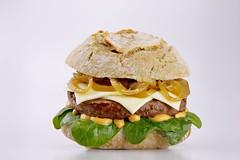 Hamburger (Fabio Tenuti) Tags: cipolla hamburger caramellata pane rustico spinacino cheddar salsa