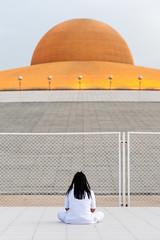 Girl praying (SLpixeLS) Tags: thailand temple wat dhammakaya buddhism buddhist thai mininalism zen pure dusk prayer praying meditation girl woman volonteer วัดพระธรรมกาย