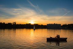 hannoverliebe (Svanny1982) Tags: hannover october goldenerherbst oktober maschsee sun sunset sonnenuntergang wasser water licht happy light germany himmel