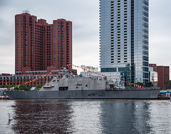 Milwaukee_121917 (gpferd) Tags: boat building construction flag harbor vehicle water baltimore maryland unitedstates us