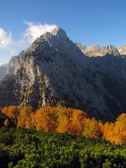 Dimniki, Luknja peč, Rjavina (Damijan P.) Tags: hribi gore mountains hiking alpe alps julijskealpe julianalps kot macesnovec slovenija slovenia prosenak jesen autumn